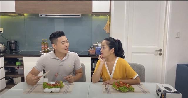 """""""Tiết lộ"""" chế độ ăn uống """"chuẩn lành mạnh"""" của gia đình Quốc Cơ - MC Hồng Phượng - 3"""