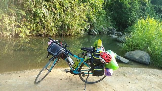Nữ phượt thủ đạp xe hơn 3 nghìn km, hai tháng chỉ tiêu hết vài trăm nghìn - 2