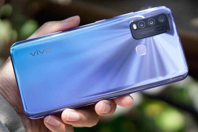 8 mẫu smartphone có pin trâu nhất trên thị trường - 3