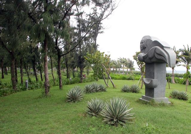 Tác phẩm điêu khắc ở công viên biển Tuy Hòa là sao chép? - 4