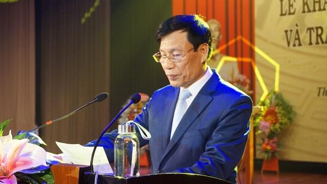 Bộ trưởng Nguyễn Ngọc Thiện đánh trống khai giảng Học viện Âm nhạc Huế - 5