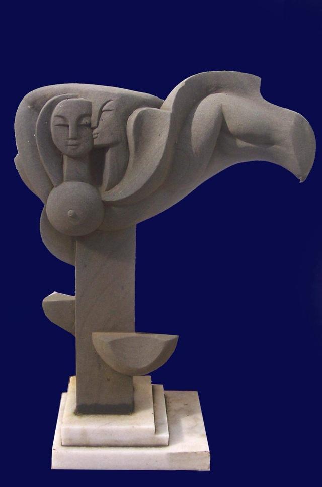 Tác phẩm điêu khắc ở công viên biển Tuy Hòa là sao chép? - 2