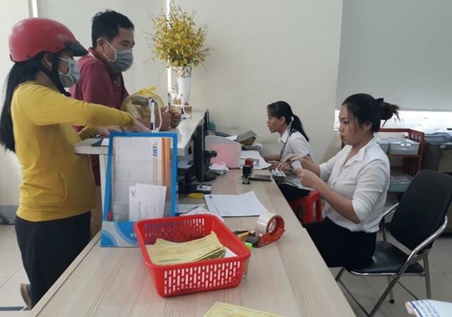 Hơn 7.900 người nộp hồ sơ hưởng trợ cấp thất nghiệp tại Đắk Lắk - 1