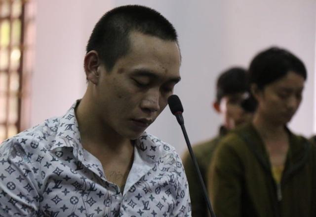 Đối tượng chiếm đoạt tiền của góa phụ Rào Trăng lĩnh 15 năm tù - 4