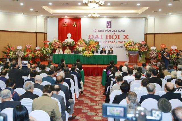 Tân Chủ tịch Hội Nhà văn Việt Nam: