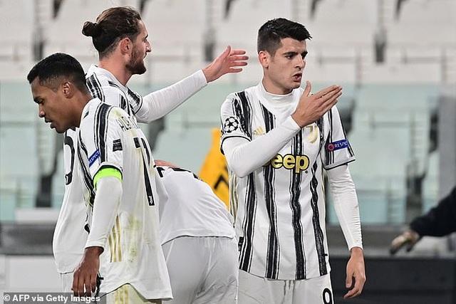 C.Ronaldo ghi bàn, Juventus giành vé đi tiếp ở Champions League - 11
