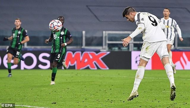 C.Ronaldo ghi bàn, Juventus giành vé đi tiếp ở Champions League - 7