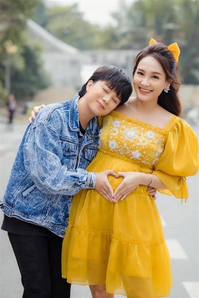 Diễn viên Bảo Thanh úp mở tiết lộ giới tính con thứ hai - 1