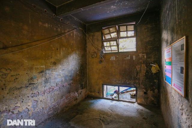 Cảnh sống ám ảnh trong nhà tập thể ổ chuột giữa đất vàng Thủ đô - 14