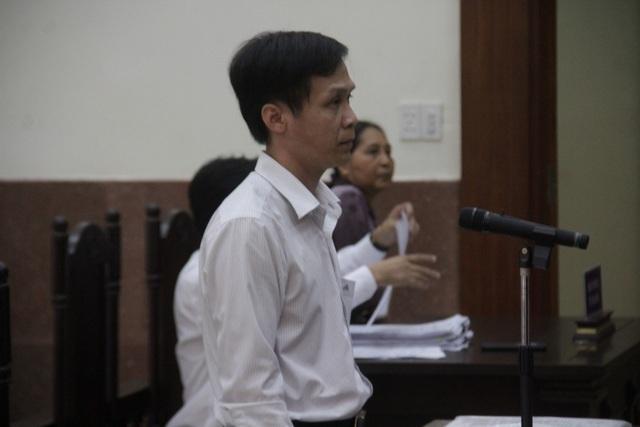 Y án sơ thẩm vụ luật sư chiếm đoạt tiền thân chủ - 1