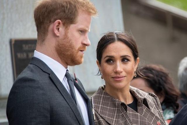 Vợ Hoàng tử Harry gây bất ngờ khi tiết lộ chuyện sảy thai - 1