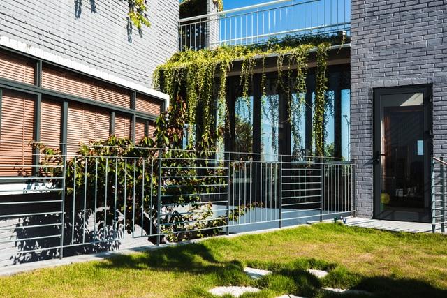 Ngôi nhà có 6 khoảng sân vườn, đẹp như tứ hợp viện ở Đà Nẵng - 8