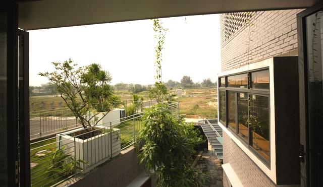 Ngôi nhà có 6 khoảng sân vườn, đẹp như tứ hợp viện ở Đà Nẵng - 14