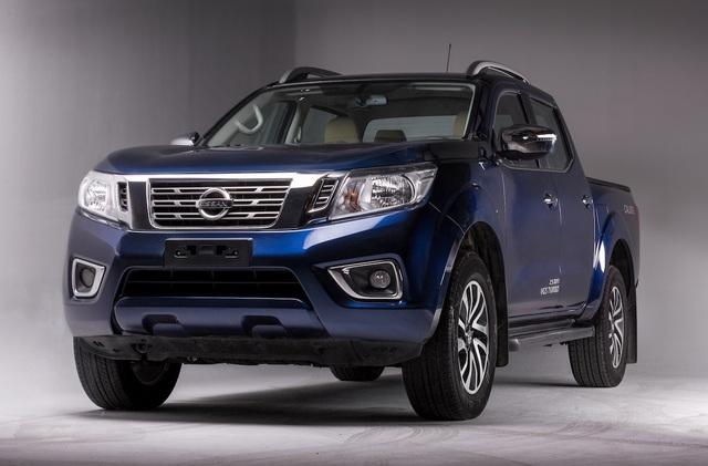 Nissan Navara giảm giá, gia tăng sức cạnh tranh trước Ford Ranger - 1