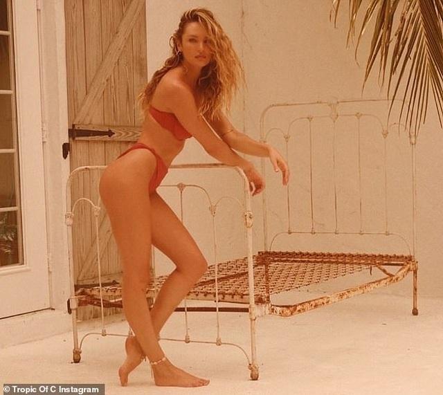 Candice Swanepoel hút ánh nhìn với áo tắm - 4