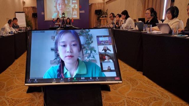 Nỗ lực bảo vệ trẻ em tại trường học và trên môi trường mạng - 4