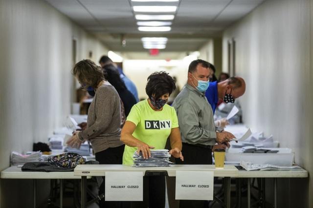 Bang Pennsylvania bất ngờ ngừng xác nhận kết quả bầu cử - 1