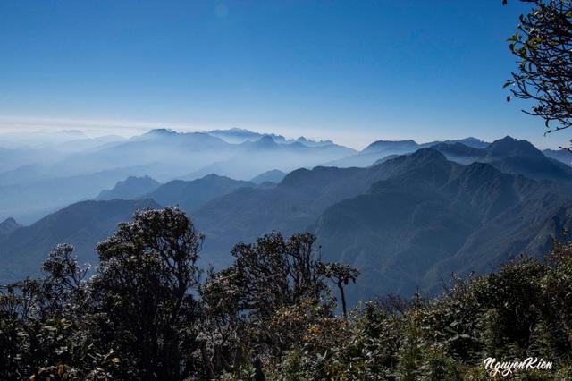 Cảnh đẹp níu chân người trên cung leo Nhìu Cồ San và đường đá cổ Pavie - 1
