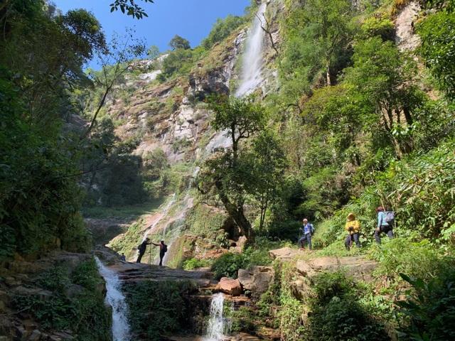 Cảnh đẹp níu chân người trên cung leo Nhìu Cồ San và đường đá cổ Pavie - 3