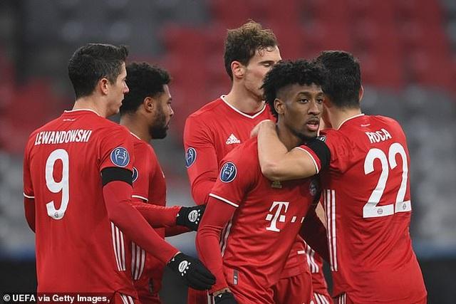 Lewandowski lập công, Bayern Munich đoạt vé đi tiếp ở Champions League - 2