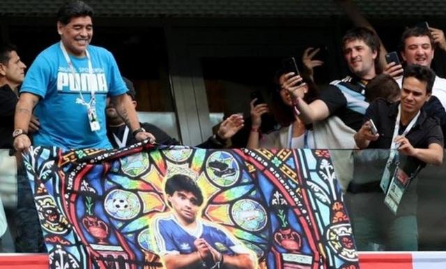 Những khoảnh khắc đáng nhớ trong sự nghiệp của Diego Maradona - 12