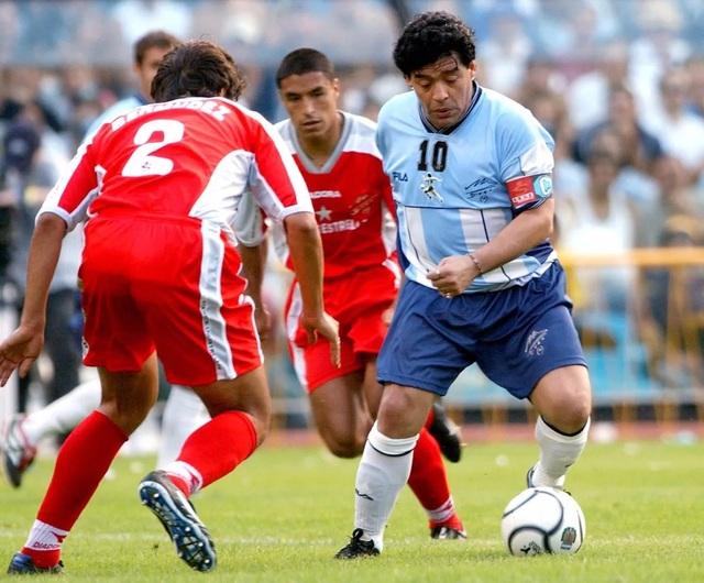 Những khoảnh khắc đáng nhớ trong sự nghiệp của Diego Maradona - 10