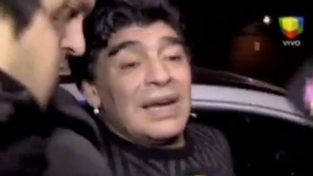 Sức khỏe của Maradona đã trượt dốc như thế nào sau khi giải nghệ?
