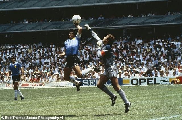 Huyền thoại Peter Shilton: Cuộc đời tôi từ lâu đã gắn liền với Maradona - 2