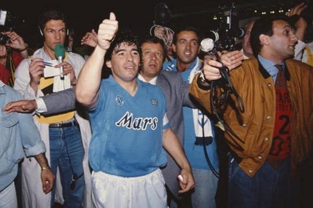 Những khoảnh khắc đáng nhớ trong sự nghiệp của Diego Maradona - 6