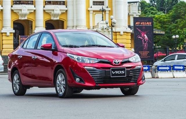 Xe gia đình nên mua Hyundai Accent 2021 hay Toyota Vios bản G? - 1