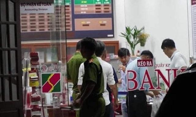 Video toàn cảnh vụ cướp ngân hàng tại Đồng Nai - 1