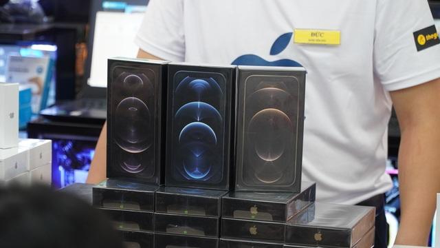 iPhone 12 chính hãng về Việt Nam, giá từ 22 triệu đồng - 1