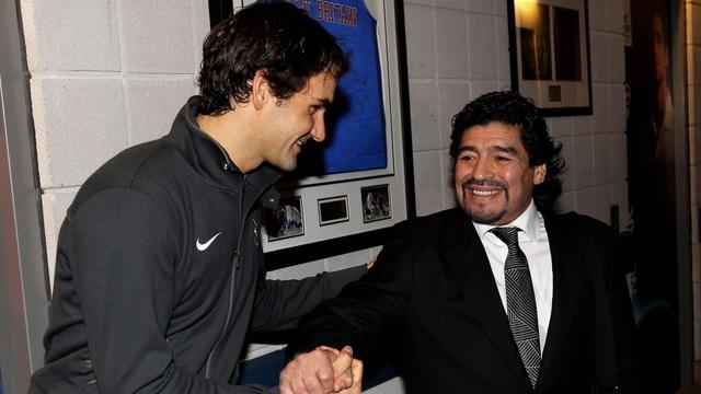 Các ngôi sao quần vợt chia sẻ xúc động về Maradona - 1
