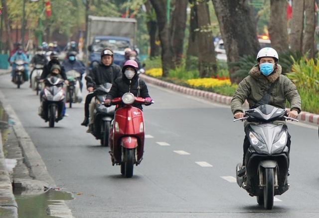 Miền Bắc rét và khô, Nam Bộ có mưa trái mùa - 1