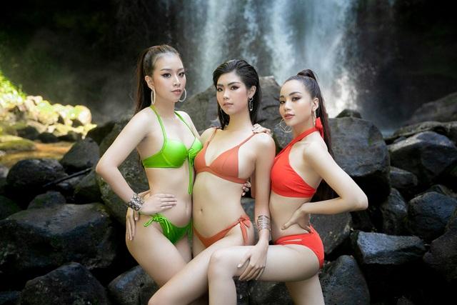 Top 30 Hoa khôi Du lịch chịu lạnh để chụp ảnh bikini dưới thác nước - 6