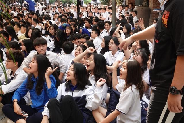 Giải quyết thế nào sự tham vọng của phụ huynh và nặng nề trong dạy học? - 3