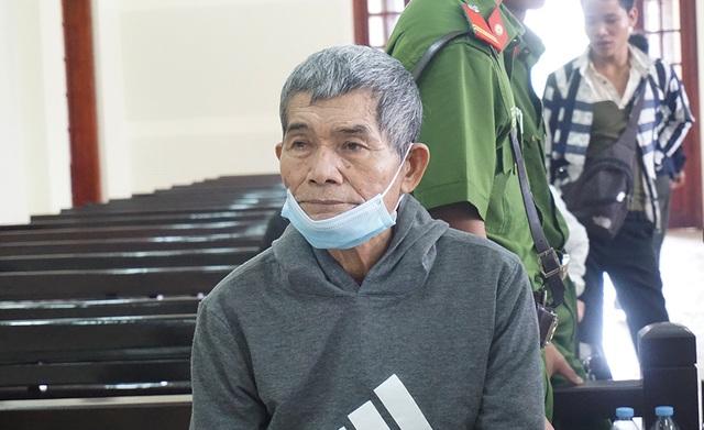 Hại đời 2 bé gái, ông già 70 tuổi trả giá đắt - 1