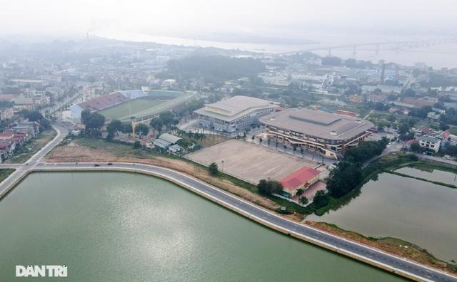 Sân bóng trăm tỷ đồng được chọn đăng cai môn bóng đá nam SEA Games 31 - 2