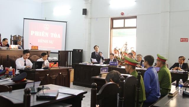 Tranh luận nảy lửa tại phiên tòa xử bác sĩ bị cáo buộc hiếp dâm - 1