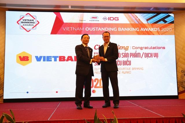 Vietbank vinh dự nhận giải Ngân hàng có Sản phẩm/Dịch vụ sáng tạo tiêu biểu 2020 - 3