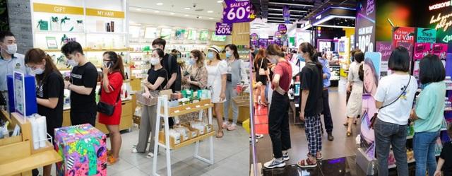 Hàng nghìn người đổ về mua sắm trong ngày đầu tiên của Vincom Black Friday - 7