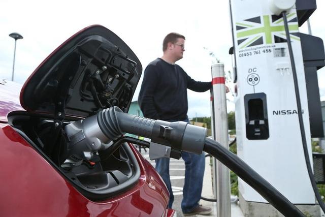 Nếu ô tô điện là tương lai, hãy tìm hiểu về cách sạc ngay từ bây giờ - 3