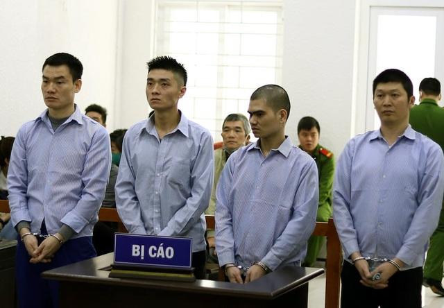 Bay từ TPHCM ra Hà Nội đòi nợ, nhóm thanh niên chia nhau hơn 40 năm tù - 1