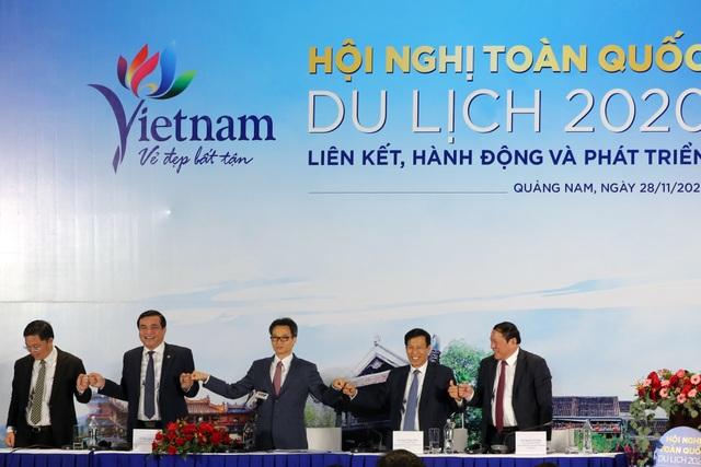 Phó Thủ tướng Vũ Đức Đam: Nắm tay nhau cùng hành động vì du lịch VN - 3