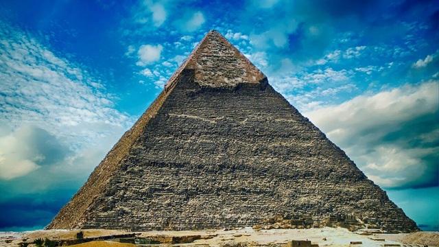 Đại kim tự tháp Giza còn mang nhiều bí mật chưa có lời giải - 1