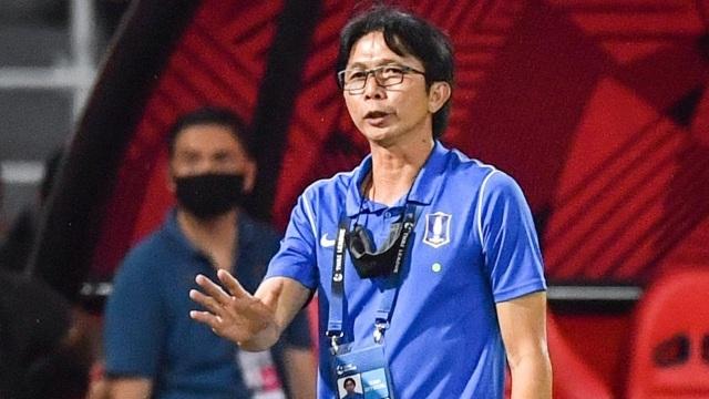 Dusit Chalermsan: Cầu thủ Thái Lan sẽ không sang Việt Nam thi đấu - 1