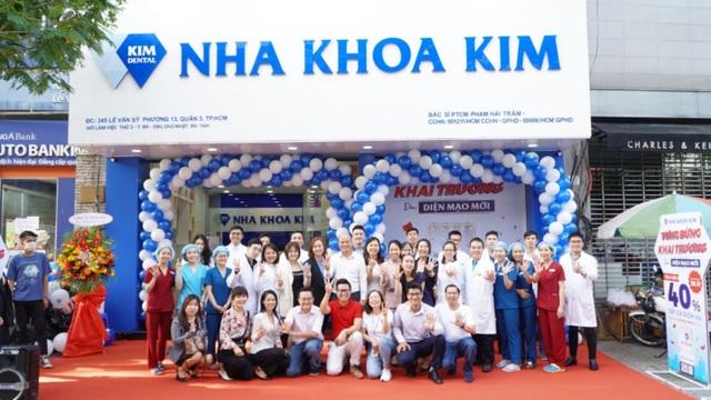 Nha Khoa Kim tưng bừng thay đổi diện mạo mới phòng khám Lê Văn Sỹ, TP. HCM - 1