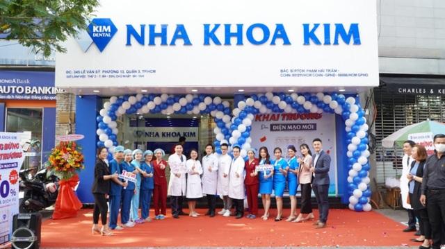 Nha Khoa Kim tưng bừng thay đổi diện mạo mới phòng khám Lê Văn Sỹ, TP. HCM - 4