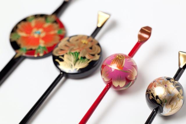 Kanzashi: Chiếc trâm cài tô điểm vẻ đẹp của phụ nữ Nhật khi mặc kimono - 2