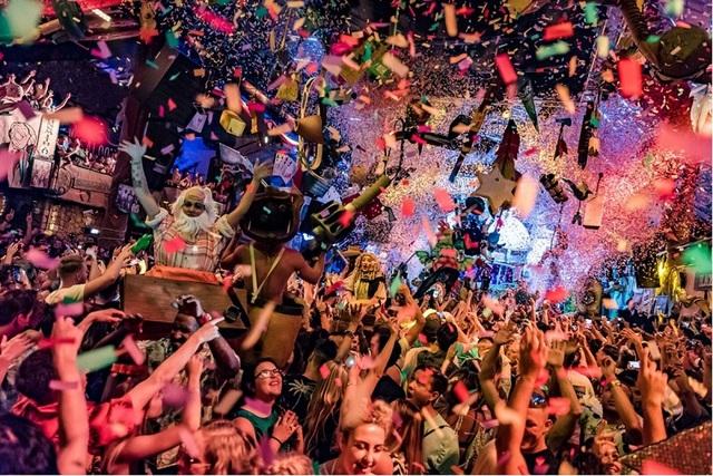 Grand World Phú Quốc có vượt mặt các ông trùm du lịch Sentosa hay Ibiza? - 1